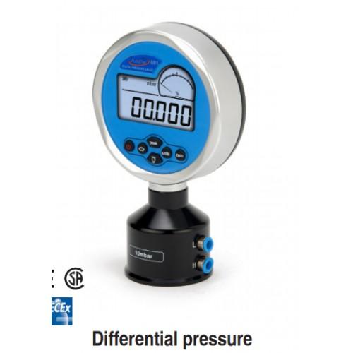 ADT681  Manomètre digital delta P de référence